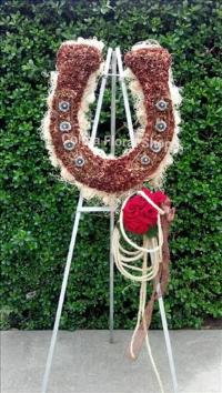 The Lucky Horseshoe Funeral Flowers, Sympathy Flowers, Funeral Flower Arrangements from San Francisco Funeral Flowers.com Search for chinese funeral, sympathy funeral flower arrangements from our SanFranciscoFuneralFlowers.com website. Our funeral and sympathy arrangements include crosses, casket covers, hearts, wreaths on wood easels, coronas fúnebres, arreglos fúnebres, cruces para velorio, coronas para difunto, arreglos fúnebres, Florerias, Floreria, arreglos florales, corona funebre, coronas