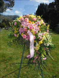Spring memories spray Funeral Flowers, Sympathy Flowers, Funeral Flower Arrangements from San Francisco Funeral Flowers.com Search for chinese funeral, sympathy funeral flower arrangements from our SanFranciscoFuneralFlowers.com website. Our funeral and sympathy arrangements include crosses, casket covers, hearts, wreaths on wood easels, coronas fúnebres, arreglos fúnebres, cruces para velorio, coronas para difunto, arreglos fúnebres, Florerias, Floreria, arreglos florales, corona funebre, coronas