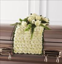 Blanket of Flowers Funeral Flowers, Sympathy Flowers, Funeral Flower Arrangements from San Francisco Funeral Flowers.com Search for chinese funeral, sympathy funeral flower arrangements from our SanFranciscoFuneralFlowers.com website. Our funeral and sympathy arrangements include crosses, casket covers, hearts, wreaths on wood easels, coronas fúnebres, arreglos fúnebres, cruces para velorio, coronas para difunto, arreglos fúnebres, Florerias, Floreria, arreglos florales, corona funebre, coronas
