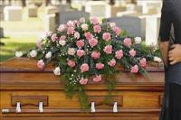 Closed Casket Pink Spray Funeral Flowers, Sympathy Flowers, Funeral Flower Arrangements from San Francisco Funeral Flowers.com Search for chinese funeral, sympathy funeral flower arrangements from our SanFranciscoFuneralFlowers.com website. Our funeral and sympathy arrangements include crosses, casket covers, hearts, wreaths on wood easels, coronas fúnebres, arreglos fúnebres, cruces para velorio, coronas para difunto, arreglos fúnebres, Florerias, Floreria, arreglos florales, corona funebre, coronas