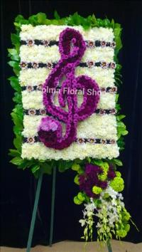 Custom Treble Clef Funeral Flowers, Sympathy Flowers, Funeral Flower Arrangements from San Francisco Funeral Flowers.com Search for chinese funeral, sympathy funeral flower arrangements from our SanFranciscoFuneralFlowers.com website. Our funeral and sympathy arrangements include crosses, casket covers, hearts, wreaths on wood easels, coronas fúnebres, arreglos fúnebres, cruces para velorio, coronas para difunto, arreglos fúnebres, Florerias, Floreria, arreglos florales, corona funebre, coronas