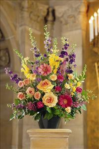 Classic Sympathy Arrangement Funeral Flowers, Sympathy Flowers, Funeral Flower Arrangements from San Francisco Funeral Flowers.com Search for chinese funeral, sympathy funeral flower arrangements from our SanFranciscoFuneralFlowers.com website. Our funeral and sympathy arrangements include crosses, casket covers, hearts, wreaths on wood easels, coronas fúnebres, arreglos fúnebres, cruces para velorio, coronas para difunto, arreglos fúnebres, Florerias, Floreria, arreglos florales, corona funebre, coronas