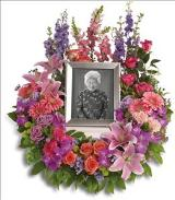 In Memoriam Wreath Funeral Flowers, Sympathy Flowers, Funeral Flower Arrangements from San Francisco Funeral Flowers.com Search for sympathy and funeral flower arrangement ideas from our SanFranciscoFuneralFlowers.com website. Our funeral and sympathy arrangements include crosses, casket covers, hearts, wreaths on wood easels. Open 365 days and provide delivery everyday including Sunday delivery to funeral homes from San Francisco CA to San Mateo CA. San Francisco Flowers