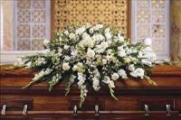 Deluxe Pure White Casket Spray Funeral Flowers, Sympathy Flowers, Funeral Flower Arrangements from San Francisco Funeral Flowers.com Search for chinese funeral, sympathy funeral flower arrangements from our SanFranciscoFuneralFlowers.com website. Our funeral and sympathy arrangements include crosses, casket covers, hearts, wreaths on wood easels, coronas fúnebres, arreglos fúnebres, cruces para velorio, coronas para difunto, arreglos fúnebres, Florerias, Floreria, arreglos florales, corona funebre, coronas